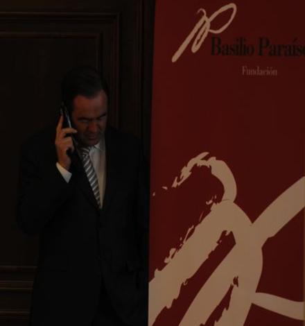 El Presidente del Congreso de los Diputados, José Bono, visita la Fundación Basilio Paraíso
